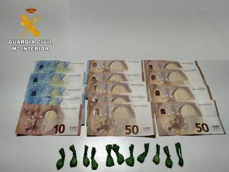 La Guardia Civil ha detenido a un hombre en Velada por un delito de tráfico de drogas