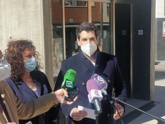 """Alguacil denuncia el """"abandono"""" del Mercado de Abastos de Guadalajara por el """"sectarismo"""" de Rojo y propone celebrar allí la Feria del Libro"""