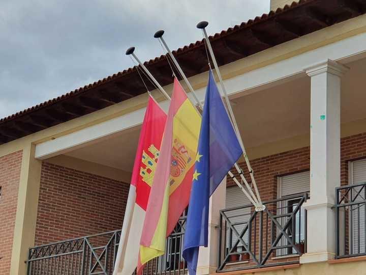 El Ayuntamiento de Villanueva de la Torre decreta luto oficial hasta que finalice la crisis sanitaria por el coronavirus