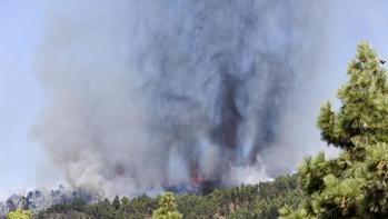 ÚLTIMA HORA : El volcán de La Palma entra en erupción