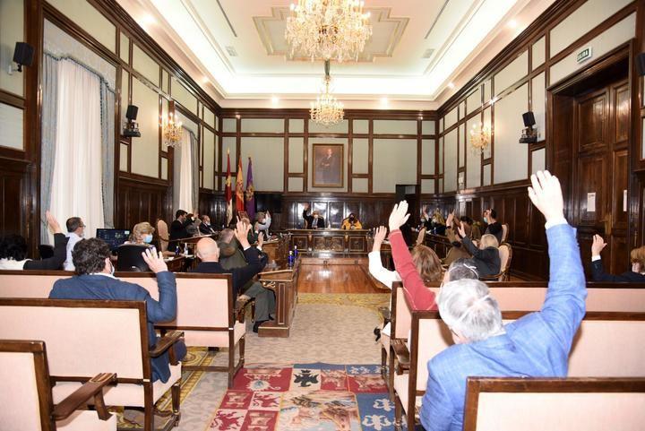 El pleno de la Diputación aprueba el Plan Extraordinario de Inversiones de Vega para reactivar la provincia de Guadalajara
