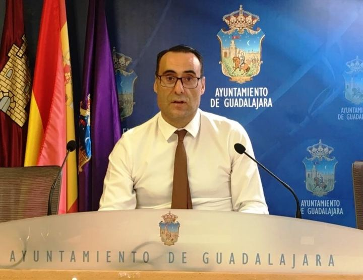 """Vox critica """"falta de previsión de Rojo"""" para suspender las Ferias de Guadalajara """"en una decisión que ya tenía tomada semanas atrás"""""""