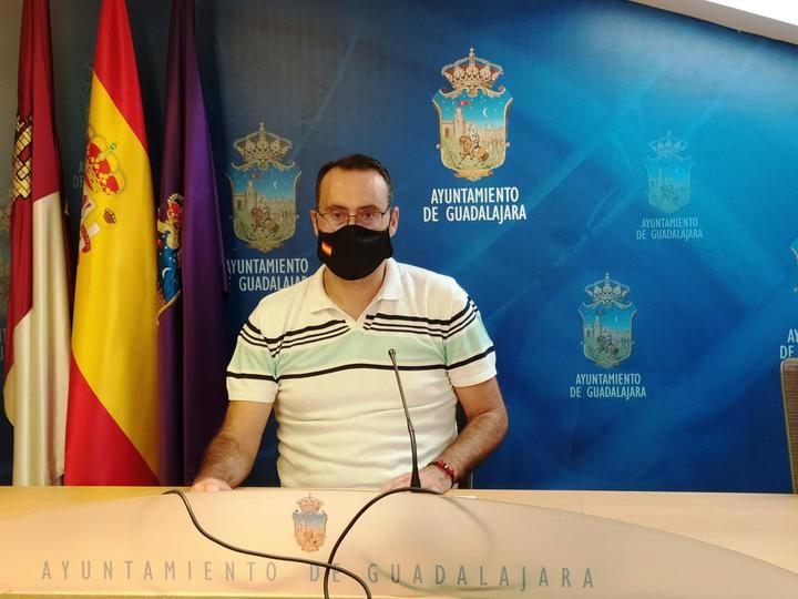 """Antonio de Miguel (VOX): """"La ocupación es un delito que crece en Guadalajara y hay que impedirlo desde el primer minuto"""""""