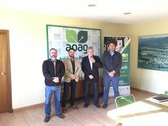 López Maraver (VOX) visita la Asociación Provincial de Agricultores y Ganaderos de Guadalajara