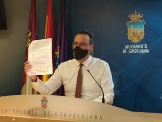 """VOX insiste en """"mejorar la transparencia"""" en el Ayuntamiento de Guadalajara, solicitando los gastos de desplazamiento y dietas de Alberto Rojo y sus concejales de Gobierno de PSOE y Ciudadanos"""