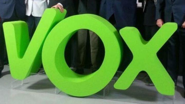 Vox donará la subvenciones de marzo y abril que recibe de las Cortes a las asociaciones de víctimas del coronavirus