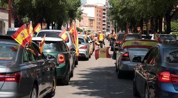 Más de 750 vehículos con banderas de España, en un