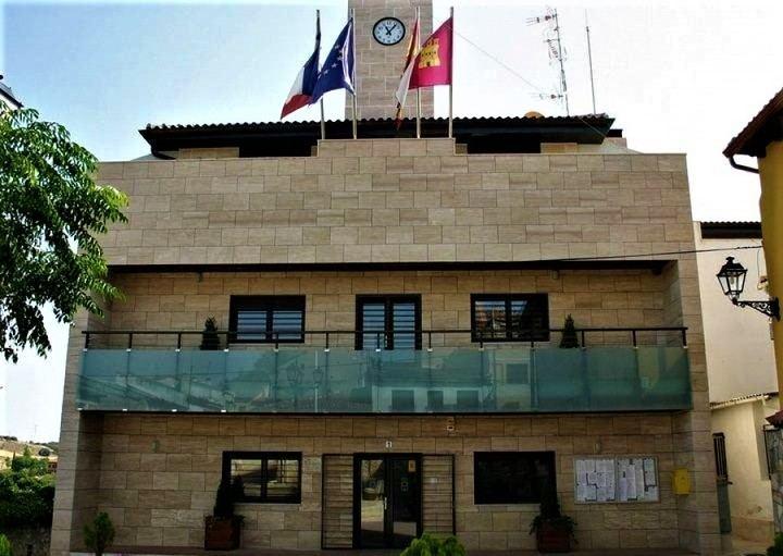 El Pleno aprueba este viernes exenciones fiscales para los vecinos y ayudas a los empresarios de Yebes y Valdeluz