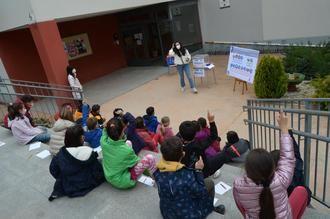 La Biblioteca Municipal de Yunquera de Henares lleva su celebración del Día del Libro hasta el Colegio Virgen de la Granja