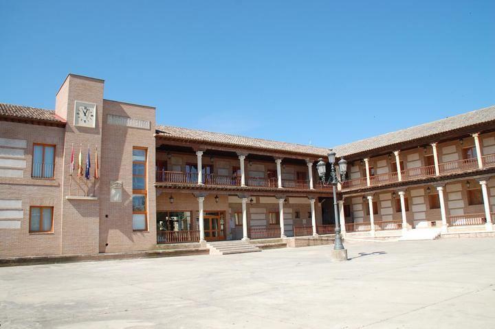 El Ayuntamiento de Yunquera de Henares crea tres bolsas de empleo para reforzar la labor de sus brigadas municipales