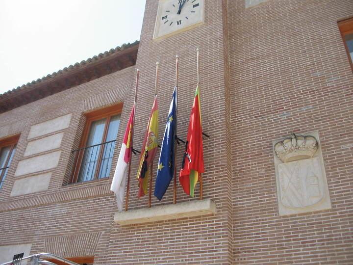 El Ayuntamiento de Yunquera de Henares decreta el luto oficial por las víctimas del coronavirus