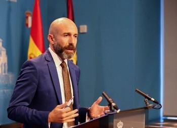 Ciudadanos denuncia los 'dedazos' en la Junta socialista de Page tras la creación de 117 puestos de libre designación