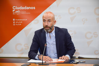 """Cs tacha de """"oportunista"""" el plan de empleo del socialista Page en Castilla La Mancha y considera que pretende """"dopar"""" los datos de paro de la próxima EPA"""