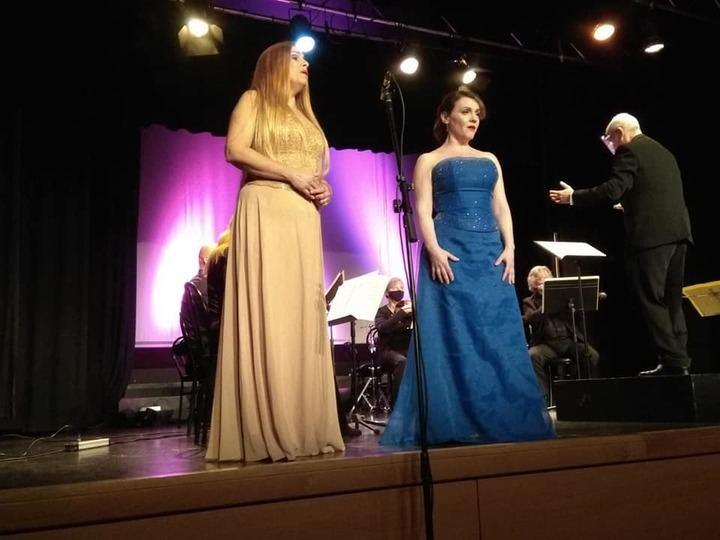 Zarzuela, ópera y mucha emoción en el regreso de la música en directo a la Casa de la Cultura de Cabanillas