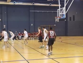 Un pésimo primer cuarto acabó con las opciones de Basket Azuqueca ante Zentro