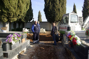 Azuqueca renueva su cementerio