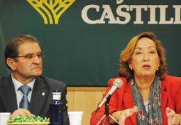 """La consejera de Agricultura celebra que los trabajadores de GEACAM apoyen un acuerdo """"bueno para todos"""""""