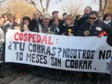Más de 7.000 personas de toda la región se manifiestan en Toledo contra las medidas de Cospedal, la Junta dice que la participación ha sido minoritaria, unos 3.000 con un sesgo político