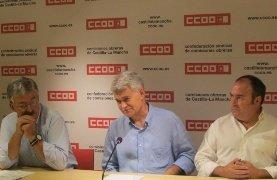 """Los sindicatos creen que """" Cospedal ha puesto a la venta a Castilla La Mancha y que hoy es un mal día para la región"""""""