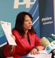 La diputada regional Hernández destaca el compromiso del Gobierno por mantener los puestos de trabajo de GEACAM