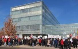 Las limpiadoras del Hospital de Guadalajara van a la huelga indefinida ante los impagos del Sescam