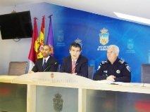 """La creación del """"tutor de colegio"""" y de la Carta de Servicios, novedades dentro del Plan General de Servicio de la Policía Local para 2013"""