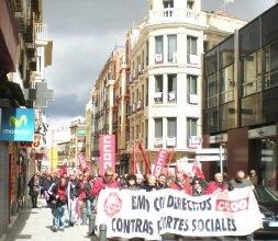 Guadalajara sale a la calle para protestar contra el paro y los recortes