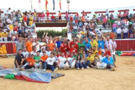 Yunquera convoca a las peñas sobre las actividades a realizar en fiestas
