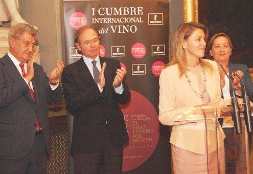 """Cospedal: """"Castilla-La Mancha es el gran viñedo del mundo en extensión y en calidad"""""""
