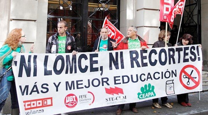 3.000 personas, según los sindicatos, 1.800, según el gobierno, se manifiestan en Guadalajara en contra de la reforma educativa