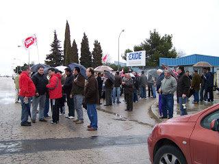 Trabajadores de Exide-Tudor secundan masivamente la segunda jornada de huelga