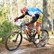 El trillano Rafa Revuelta culmina una temporada magnífica en la disciplina de Mountain Bike