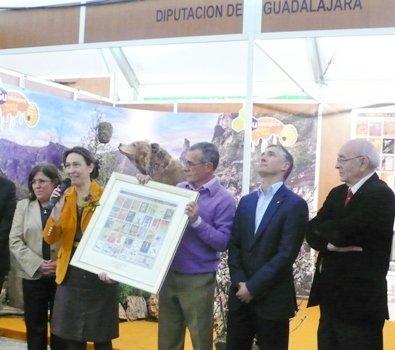 """Guarinos: """"La Feria Apícola es el mundo rural que vamos a seguir apoyando e impulsando desde la Diputación"""""""