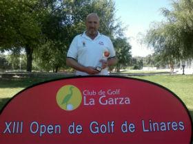 """El yunquerano de adopción Julio del Río se proclama campeón de golf del torneo """"Open Ciudad de Linares"""""""