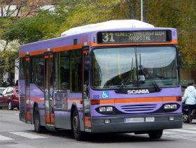 Los trabajadores y la empresa de autobuses urbanos de Guadalajara firman un convenio para dos años