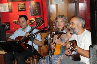 Música de autor en la intimidad de la Sala de Evolución Humana del Museo de Molina