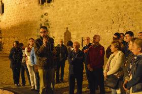 Brihuega vuelve a enseñar sus monumentos de noche