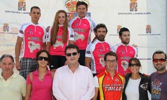 Javier Notario, un ilustre del MTB español, gana en Trillo