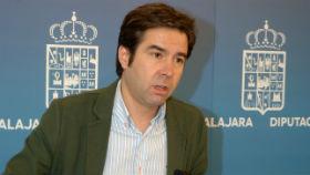 El vicepresidente de la Diputación denuncia a Pérez León por los insultos vertidos contra él durante un Pleno