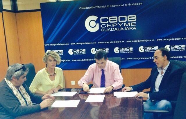 FSP UGT firma el I Convenio Colectivo de Centros Odontólogos de la provincia de Guadalajara
