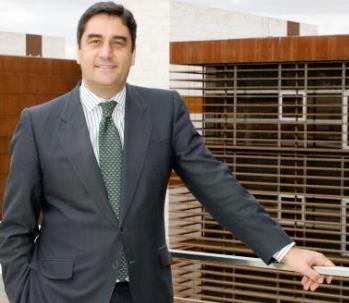 Echániz anuncia que en 2015 se retomarán las obras del Hospital de Guadalajara
