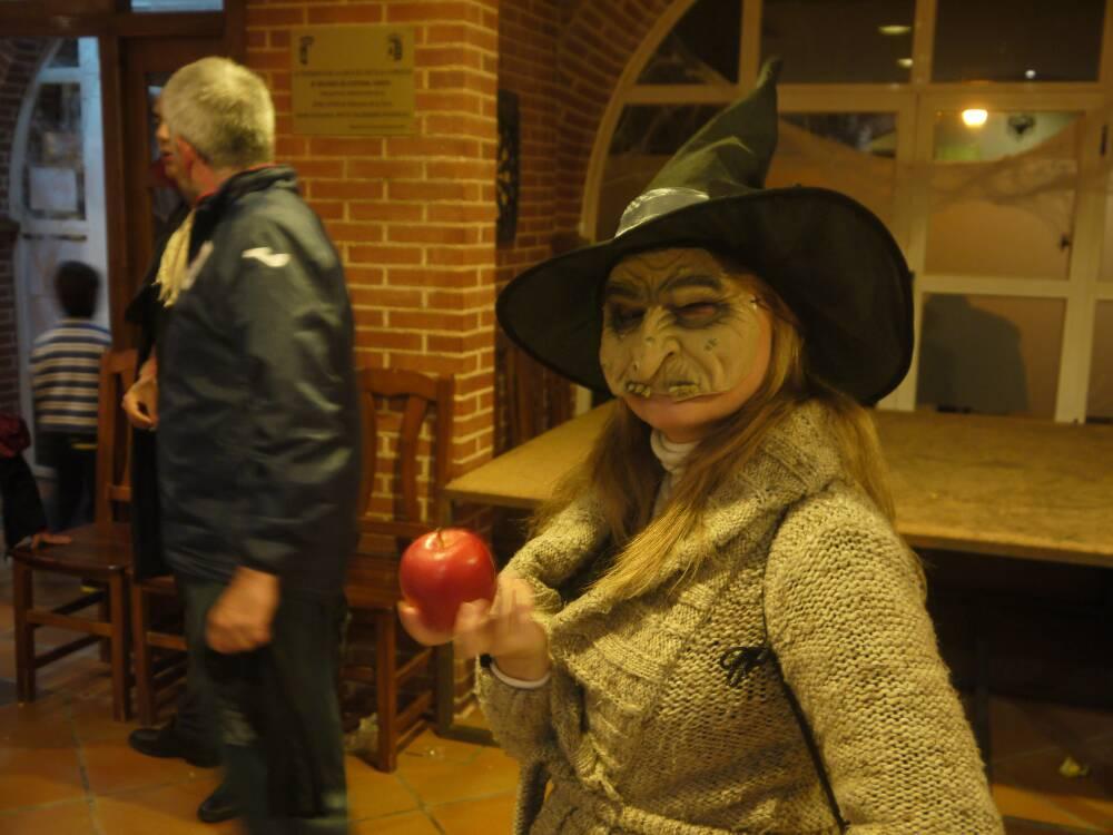 Halloween, una fiesta importada que ha arraigado profundamente entre los vecinos de Villanueva de la Torre