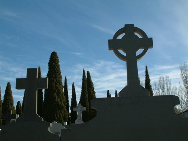 El Cementerio Municipal, objeto de los habituales trabajos de mejora de la conservación y de limpieza
