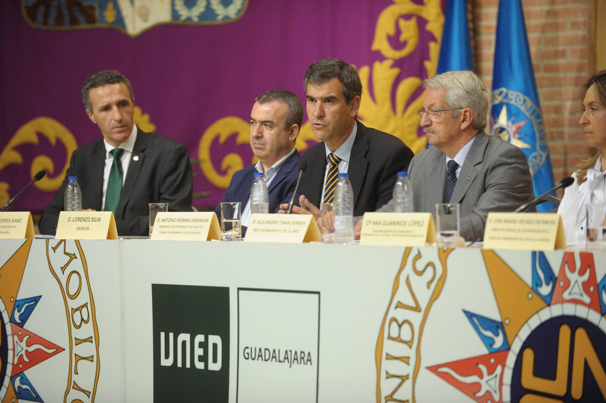 Inaugurado el curso académico de la UNED