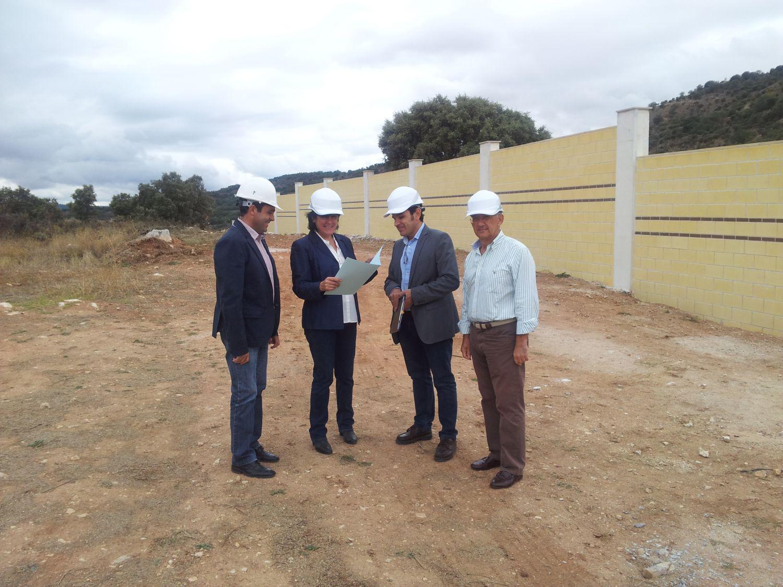 La construcción del nuevo cementerio de Brihuega avanza con ayuda de los planes de obras de la Diputación