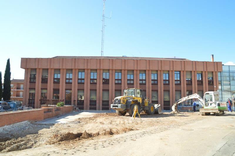 Empieza la remodelación de la plaza del Doctor Fleming de Azuqueca