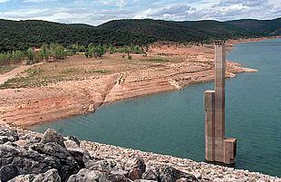 Descenso de la demanda de los municipios abastecidos por la MAS en el primer mes del año hidrológico 2014-2015