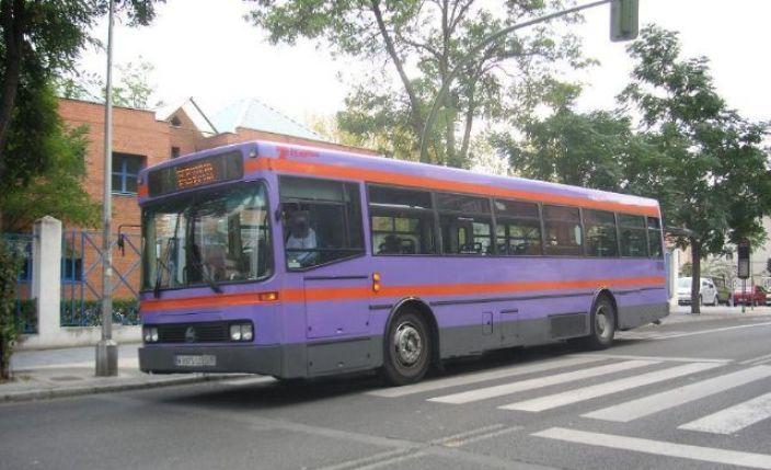 El número de viajeros de los autobuses urbanos aumentó de abril a septiembre
