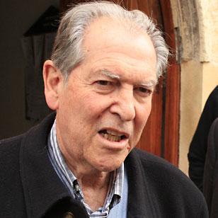 Bris lee en Guadalajara un comunicado para denunciar el acto que el Govern de Cataluña pretender perpetrar el domingo 9