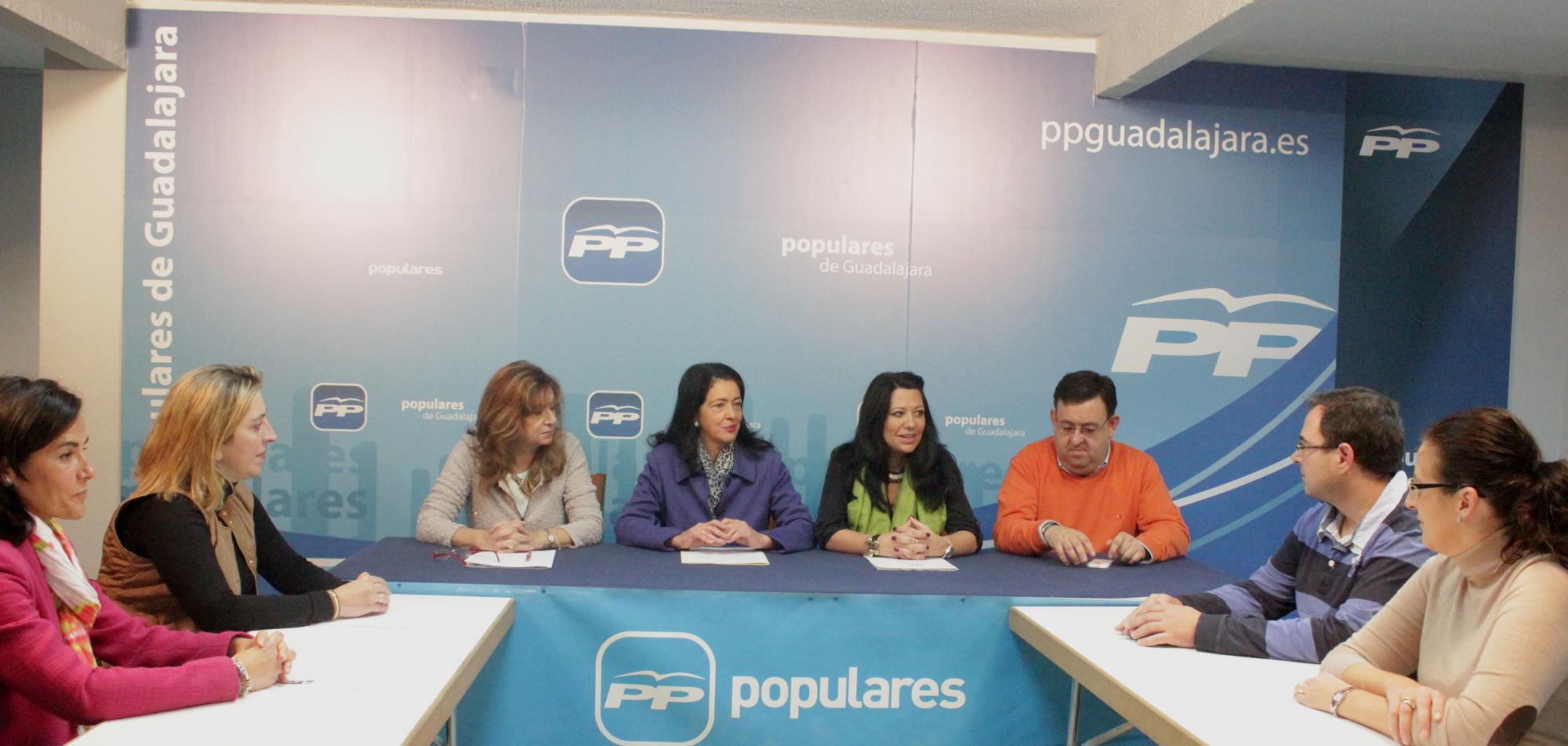 """Cospedal ha contribuido """"con unas medidas sin precedentes"""" a apoyar la maternidad en las mujeres de Castilla-La Mancha"""